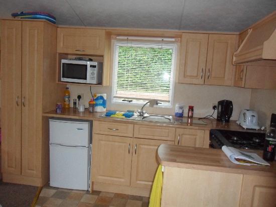 Dawlish Sands Holiday Park - Park Holidays UK: Kitchen 2
