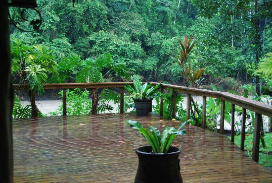 Pacuare Lodge: view of the river from the dining area