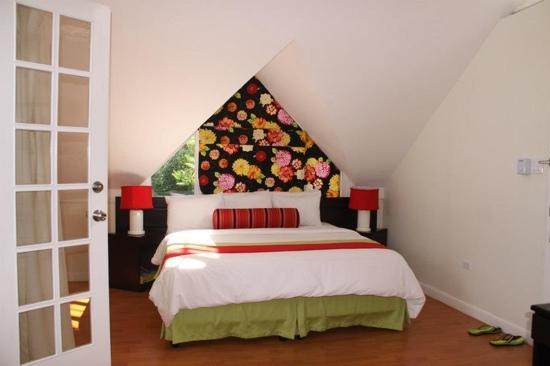 Mystic Ridge Resort : the deluxe king loft