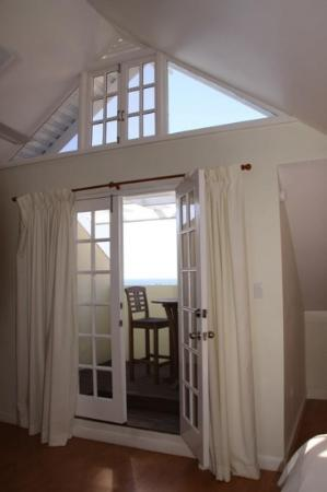 Mystic Ridge Resort: the balcony and view