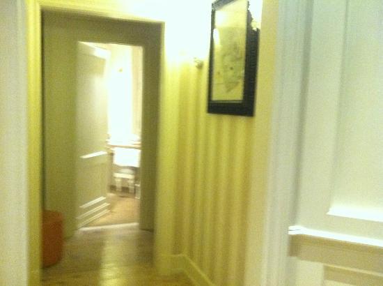 Relais Santa Croce: Hallway