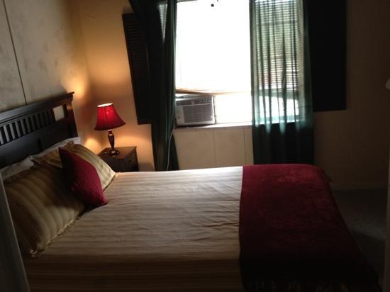 Hotel San Ayre by Bud+Breakfast: second bedroom in Mountain Suite