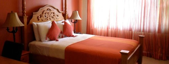 Inn Flight Suites : Red Suite