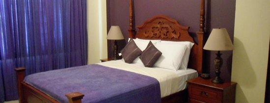 Inn Flight Suites : Purple Suite