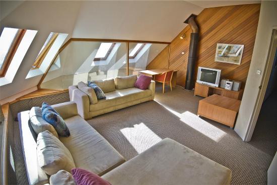 Attunga Ski Lodge Thredbo: Lounge Level 4