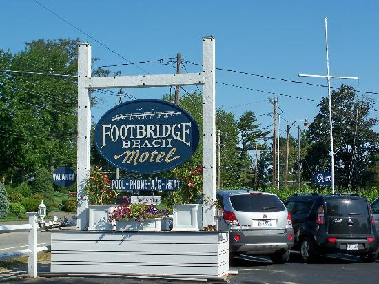 Footbridge Beach Motel: Footbridge Motel sign