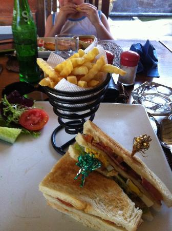Puri Dalem Hotel: Lunch. 