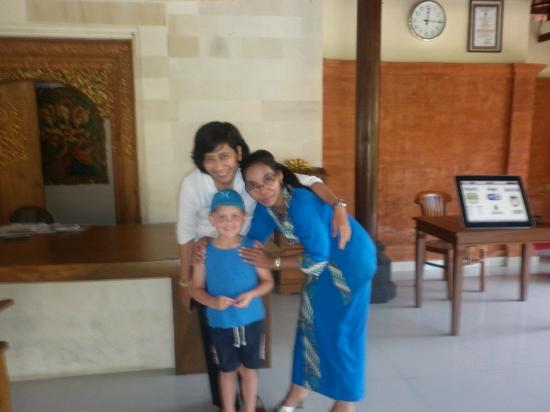 Puri Dalem Hotel: Lobby and helpful staff