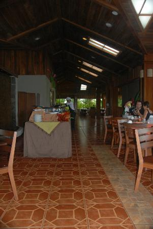 Arenal Manoa Hotel & Spa: dining area-breakfast buffet