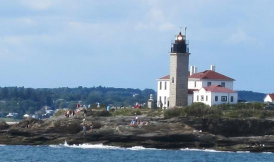 Rhode Island Bay Cruises: Beavertail Lighthouse