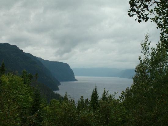 Tours Aventure Fjord et Monde Day Tours : À l'Anse Saint-Jean