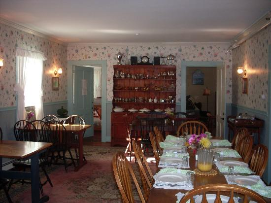 The Wilson House: Dining room