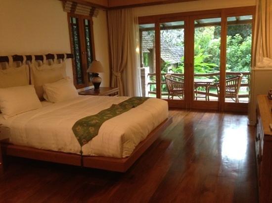 Chiangkham Luang Resort: bedroom