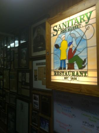 Sanitary Fish Market & Restaurant : walls covered with photos of notables who have dined here since last century