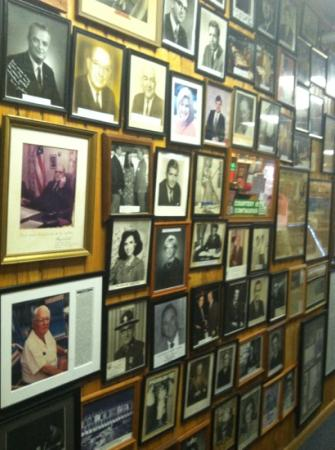 Sanitary Fish Market & Restaurant : Who's Who of past diners