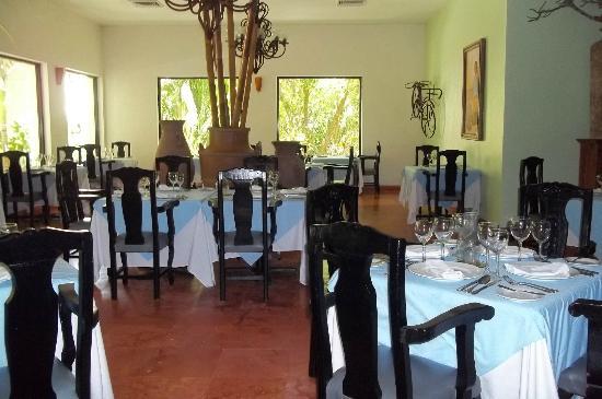 Oasis Tulum: Dos Luanas Restaurant