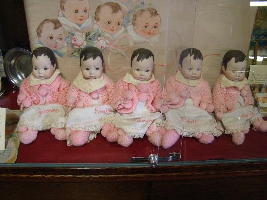 Dionne Quints Museum: Original merchandise