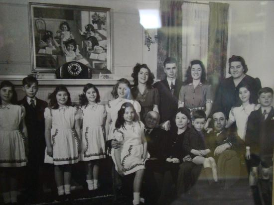 Dionne Quints Museum: photo taken when the Quints were reunited with their family