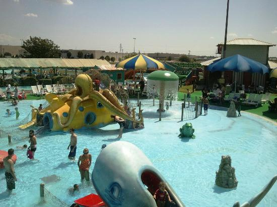 White water bay oklahoma city top tips before you go for Pool show okc