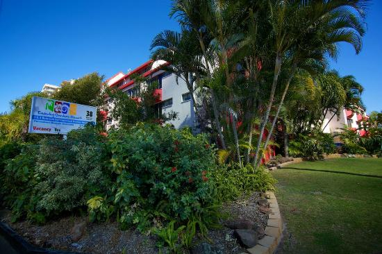Enderley Gardens Resort: Front of resort