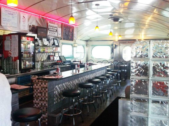 Highland Park Diner : Ah, the diner experience at Highland Diner, Rochester, NY