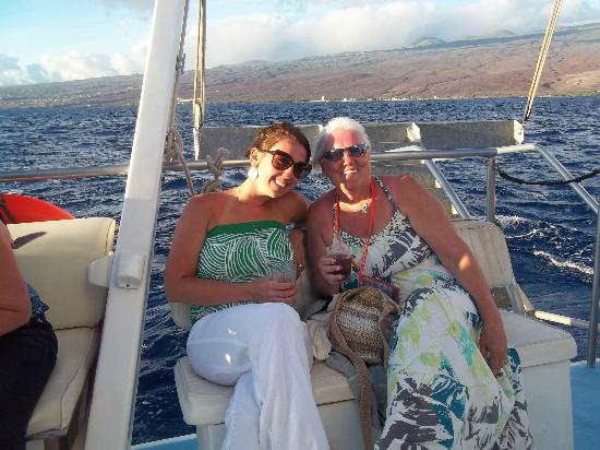 Ocean Sports Sunset Champagne Sail : back of boat