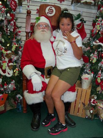 North Pole, AK: I think Santa is missing his 2 front teeth