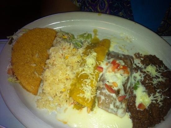 Celi's Mexican Restaurant: Choose 3 combo w/ chicken verde enchilad