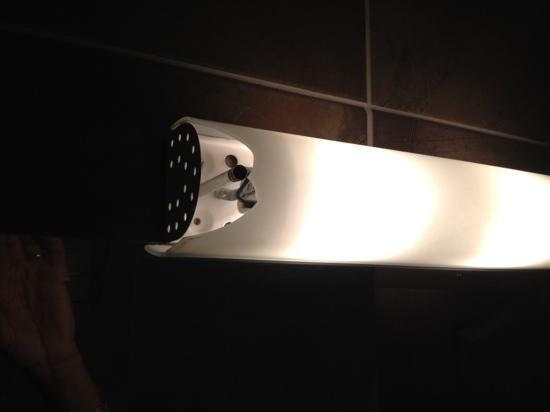 Otantik Butik Otel: lampada rotta