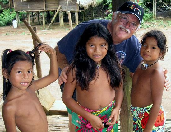 Embera Tours Panama: Getting acquainted with Embera children