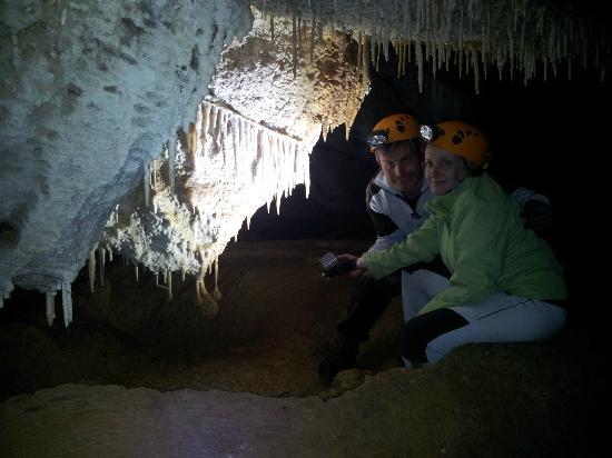 Grotte di Pietrasecca: Interno della grotta 