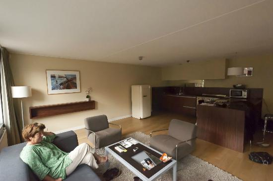 De Lastage Apartments: vue de la cuisine
