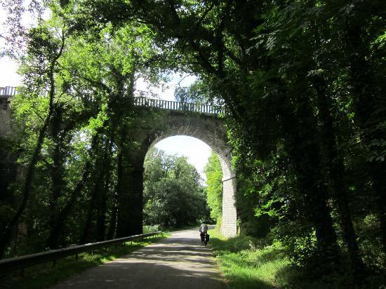 Breton Bikes : Cycling near Gouarec