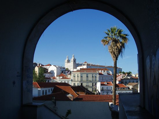 Your Friend in Lisbon: Alfama