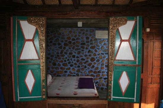 Omah Alchy Cottages: Extended Living Room of WARU Cottage
