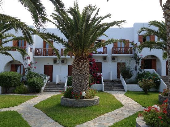 Hotel Eri: Panorama giardino