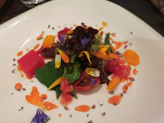 Chef & Sommelier: Tomato salad done 3 ways with fresh flowers- AMAZING!