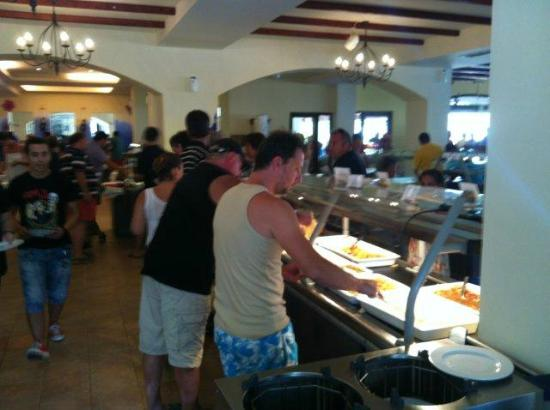 Grecotel Lakopetra Beach: die Schlacht am Buffet