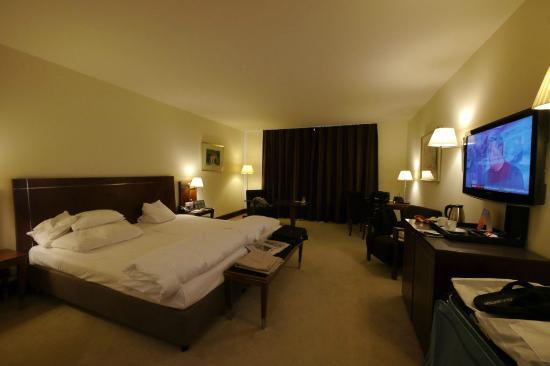 Sheraton Carlton Hotel Nuernberg: Room 422