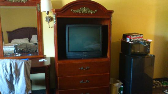 Portola Inn and Suites : chambre