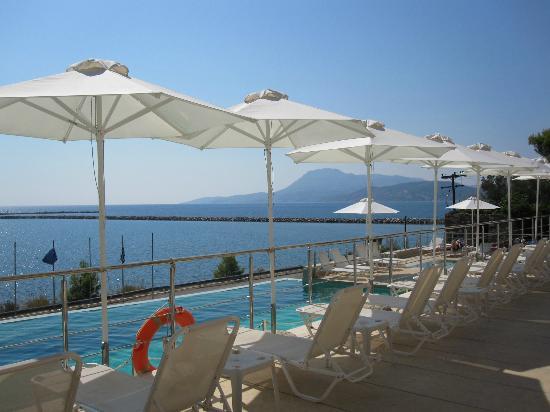 Kymi, Grecia: la piscina