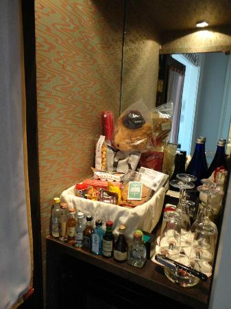 "The Bowery Hotel: A true shop in the ""minibar"""