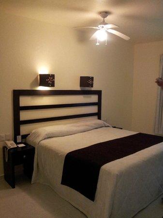 Hotel Nututun Palenque: camera da letto