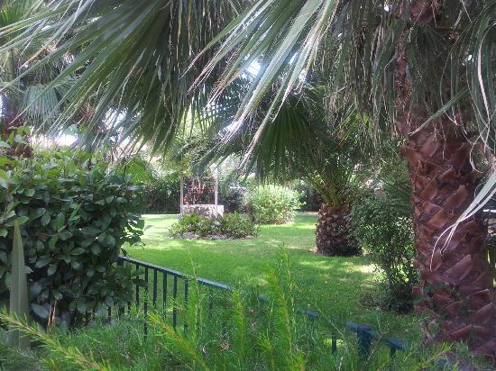 Hotel Le Cottage : Jardín