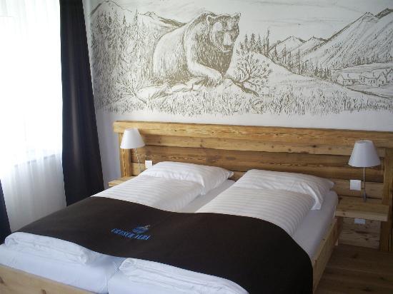 Hotel Crusch Alba: Zimmer: Bären-Sgraffito