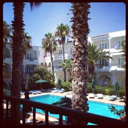 Hotel Emira : udsigt fra altanen