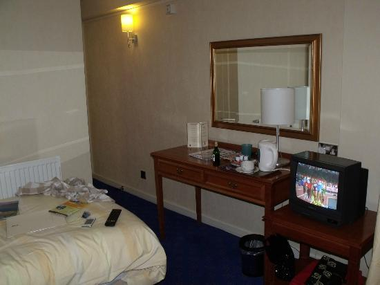 Hotel de France: single room