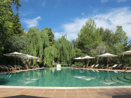 Hotel Monasterio de Piedra & Spa: Piscina exterior