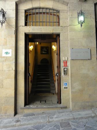 Hotel Hermitage: Entrance