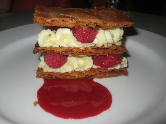 Bistrot La Minette : Mille Feuille aux Framboises Caramelized puff pastry, vanilla pastry cream, raspberries